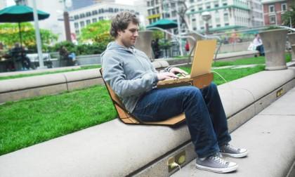 Krzesło i biurko, które weźmiesz wszędzie ze sobą