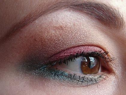 Wyglądaj wyjątkowo w wieczór wigilijny (makijaż)