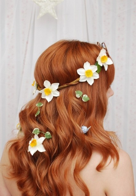 Kwiaty we włosach