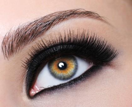 A wszystko te czarne oczy... - wyrazisty makija�