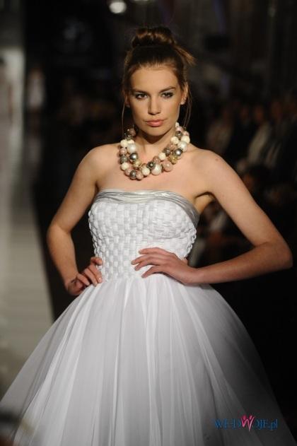 Suknie ślubne Ewy Minge na Black&White Obsession