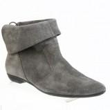 Zdj�cie 20 - Damskie obuwie CCC na jesie� i zim� 2009/2010