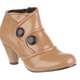 Zdj�cie 46 - Damskie obuwie CCC na jesie� i zim� 2009/2010