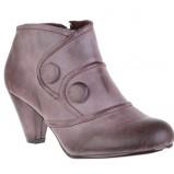 Zdj�cie 48 - Damskie obuwie CCC na jesie� i zim� 2009/2010