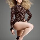 Nadchodzi moda na kr�g�o�ci - Curves Ahead - sesja V Magazine