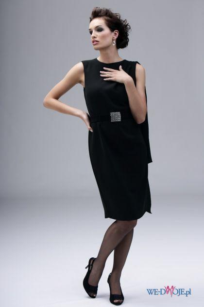 czarna sukienka wieczorowa Modesta z szalem - jesień/zima 2010/2011