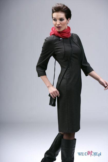 czarna sukienka Modesta - jesień/zima 2010/2011