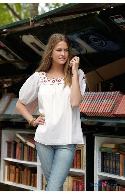 biała bluzka Halens ze zdobieniami - kolekcja jesienno-zimowa