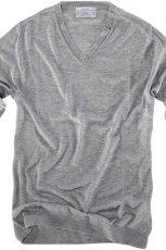 szara bluza Pull and Bear - jesie�-zima 2010/2011