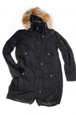 czarna kurtka H&M - kolekcja jesienno-zimowa