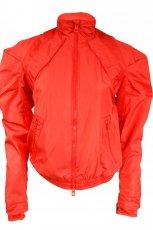 czerwona kurtka Adidas - trendy jesienne