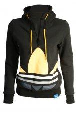 czarna bluza Adidas z aplikacj� - trendy na jesie�-zim�