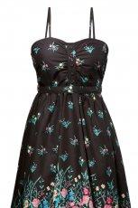 czarna sukienka s.Oliver w kwiaty - moda jesienna