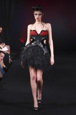 czarna sukienka wieczorowa Eva Minge - wiosna/lato 2011