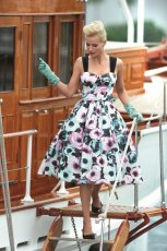 sukienka F&F w kwiaty - lato 2011