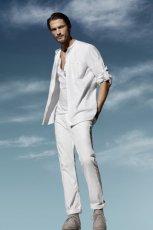 bia�e spodnie H&M - wiosna/lato 2011