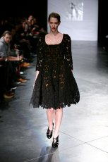 czarna sukienka Eva Minge - kolekcja jesienno-zimowa