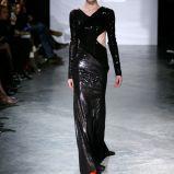 czarna suknia Eva Minge b�yszcz�ca - trendy na jesie�-zim�