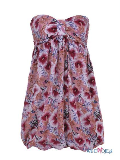 różowa sukienka Troll w kwiaty odkryte ramiona - letnia kolekcja