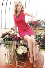 czerwona sukienka Pretty Girl o��wkowa - sezon wiosenno-letni