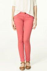 r�owe spodnie ZARA - letnia kolekcja