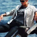 granatowa koszulka Henri Lloyd z aplikacj� - kolekcja wiosenno/letnia