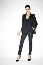 czarny garnitur Mango w paski - jesie� 2011