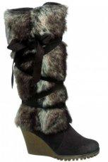 br�zowe kozaki Deichmann z futerkiem - moda 2011/2012