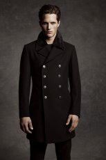 czarny p�aszcz Marks & Spencer - zima 2011/2012