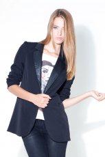 czarna kurtka Stradivarius - moda 2011
