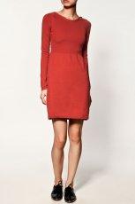 czerwona sukienka ZARA - kolekcja jesienno-zimowa