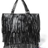 czarna torba Reserved z fr�dzlami - z kolekcji jesie�-zima