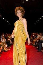 ��ta sukienka Natalia Jaroszewska - z kolekcji jesie�-zima