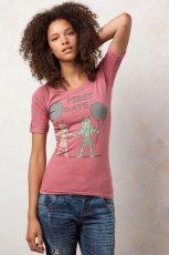 r�owy t-shirt Pull and Bear z nadrukiem - jesie�/zima 2011/2012