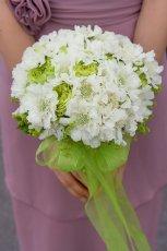 Bukiet �lubny z bia�ych kwiat�w