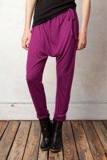 fioletowe spodnie Pull and Bear - jesie�/zima 2011/2012