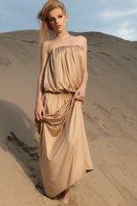 be�owa sukienka odkryte ramiona - wiosna 2012