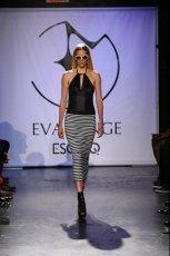 czarny str�j k�pielowy Esotiq & Eva Minge - kolekcja wiosenno/letnia