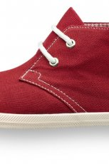 czerwone trampki Tamaris - moda 2012