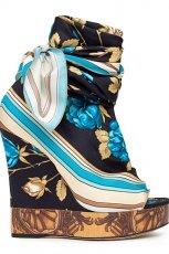 kolorowe sanda�y Dolce&Gabbana na koturnie - wiosna/lato 2012
