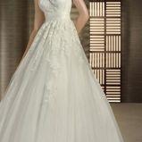 foto 1 - Koronki w sukniach ślubnych