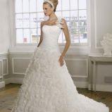 foto 3 - Suknie ślubne z falbanami