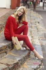 czerwony sweter Reserved - moda wiosna/lato