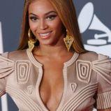 Beyonce, z przedzia�kiem z boku, 2007