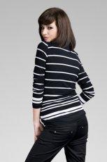 czarny sweter w paski - 2012