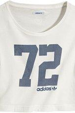bia�y t-shirt Adidas z nadrukiem - trendy wiosenne