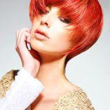 seksowna fryzura w kolorze rudym  - modne ci�cia