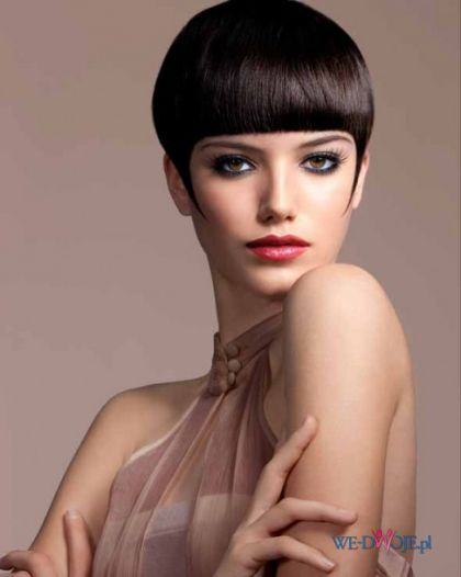 seksowna fryzura grzybek  - modne fryzury