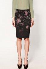 czarna sp�dnica ZARA w plamy o��wkowa - moda 2012