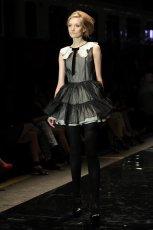 czarna sukienka Simple z ko�nierzykiem - jesie�/zima 2012/2013